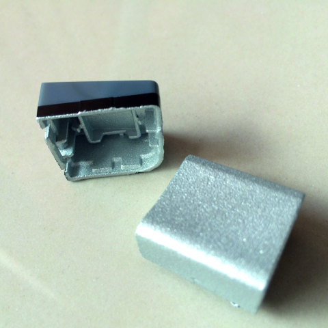 Foto von 3d-Bauteil außen metallisiert (Zn)