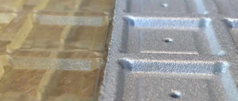 Foto von 3d-Bauteil außen teilweise metallisiert (Zn) 2